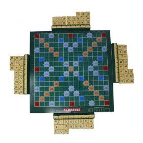 Juego De Mesa Scrabble Wonder es una opción para entretenimiento en casa disponible en Deportes Regol Tienda Deportiva