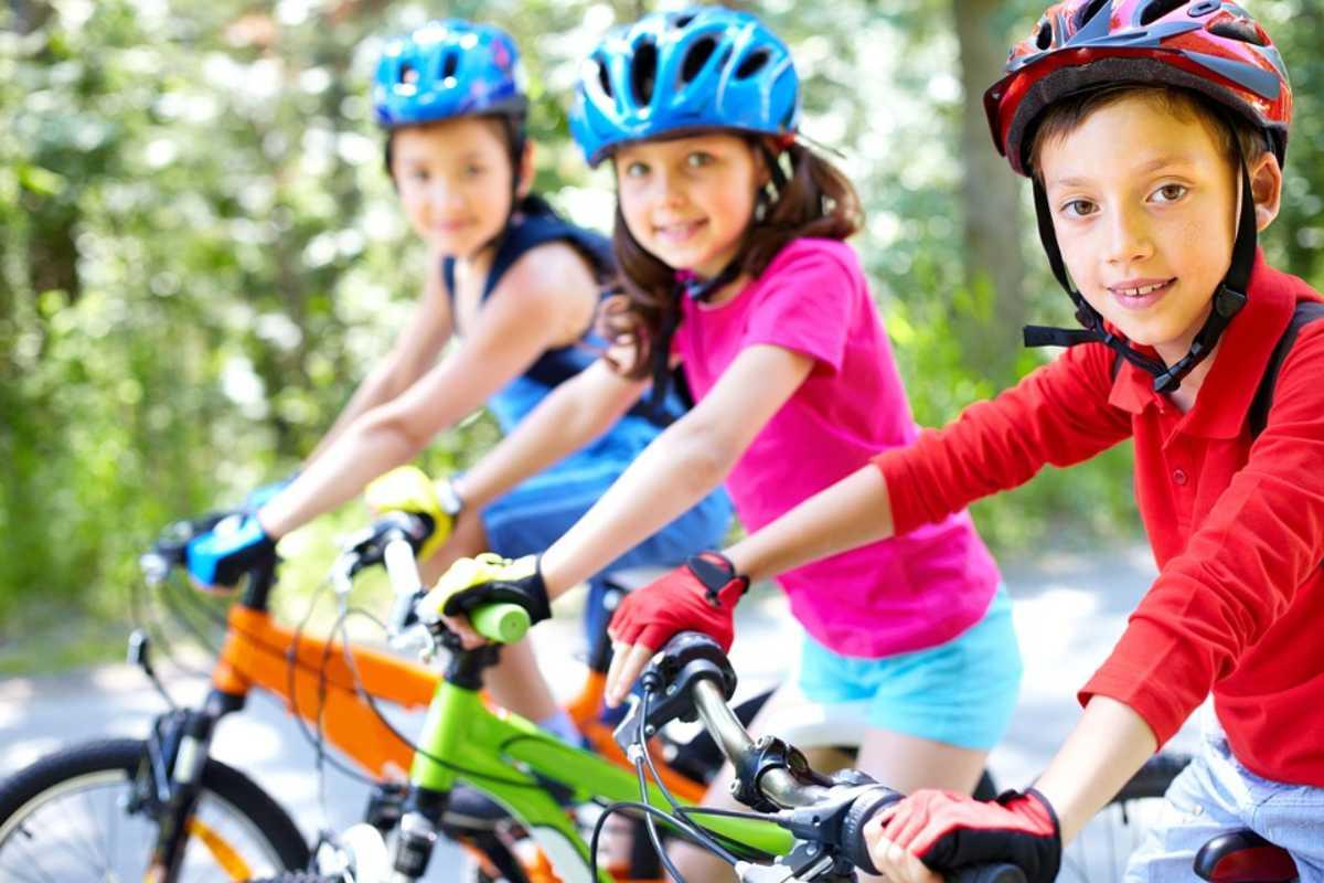 Practicar Deporte en Bicicleta es recoemdable con los Accesorios Deportivos