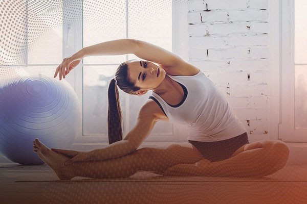 El Yoga es una de las modalidades de Fitness desde casa que puedes practicar con Deportes Regol